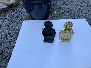 Newport pineapple bookends for Sale in Milford, MA
