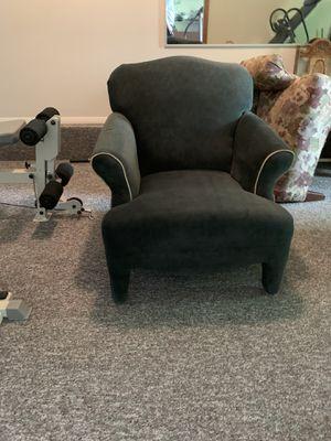 End Chair for Sale in Cinnaminson, NJ