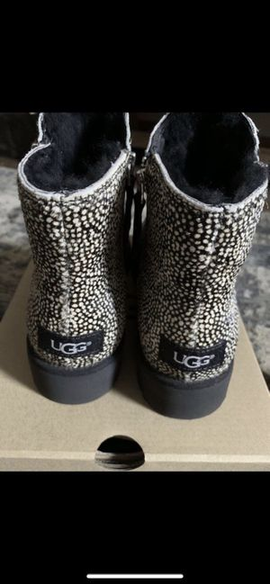 Ugg Shala boots/size 7 for Sale in Middletown, OH