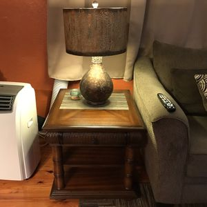 🏠SET OF 2CINDY CRAWFORD WOOD END TABLE🏠 for Sale in Tampa, FL