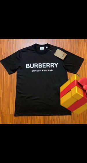Burberry logo Print t-shirt size small and medium for Sale in Oakland Park, FL