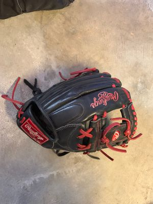 Rawlings GNP5B 11.75 baseball/softball glove for Sale in Tracy, CA