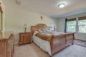 Bedroom set king with mattress for Sale in Mt. Juliet, TN