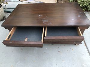 Free Coffee Table for Sale in West Covina, CA