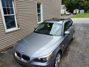 Sell or trade for 4x4 truck 06 bmw 530xi station wagon for Sale in Auburn, ME