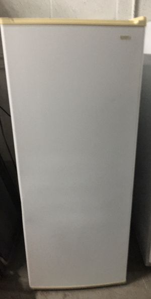 Kenmore Small Fridge for Sale in Cutler Bay, FL