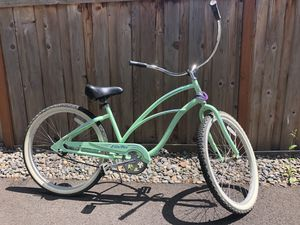 Electra beach cruiser bicycle for Sale in Lake Grove, OR