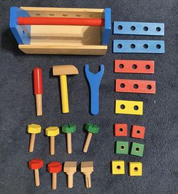 Melissa & Doug Take-Along Wood Toy Tool Box for Sale in Bellevue,  WA