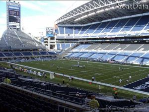 ( 2 Tickets ) - Seahawks vs Ravens 200 Level Covered Seats ($500 for Pair) for Sale in Seattle, WA