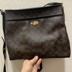 Coach Kitt messenger Bag for Sale in Queen Creek, AZ