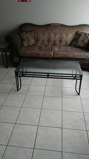 Sofa loveseat coffee table and end table for Sale in Las Vegas, NV