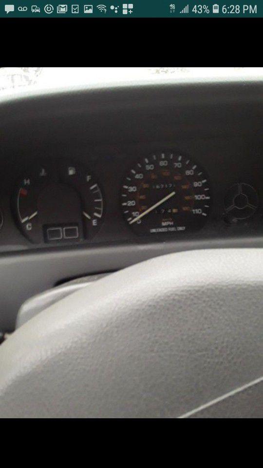 1992toyota Corolla dx station wagon low miles runs perfect