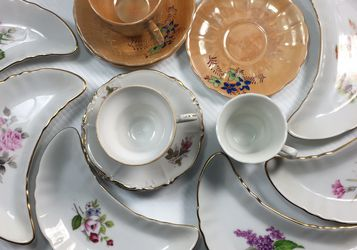 16 Pc Japanese Porcelain Tea Set. for Sale in Brooklyn,  NY