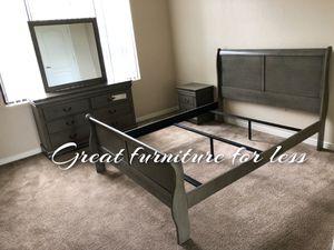 Queen size bedroom set 4 pcs brand new in boxes for Sale in Phoenix, AZ