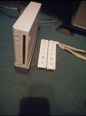 Wii with games and controllers for Sale in Lexington, KY