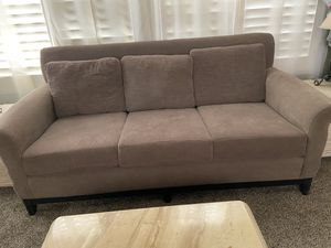 Couch w/ 2 chairs for Sale in Las Vegas, NV