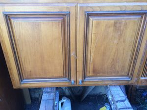 Set of used kitchen cabinets. Need scratches repaired for Sale in Hayward, CA