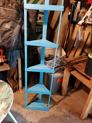 Corner shelf for Sale in Florence, AL