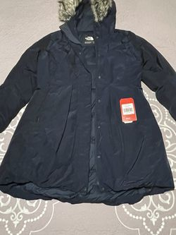 North Face Parka Jacket Woman Large Color Urban Navy for Sale in Homestead,  FL