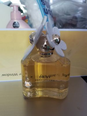 Daisy Marc jacobs for Sale in Lakewood, CA