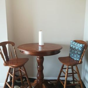FREE Dining Table And Two Chairs& Rug for Sale in Atlanta, GA