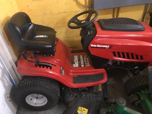 Riding lawnmower $650 for Sale in Orlando, FL