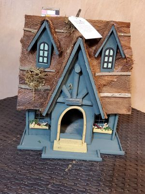 New bird house $7 each brand new for Sale in Fontana, CA