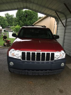 2005 Jeep Grand Cherokee limited for Sale in Winchester, KY