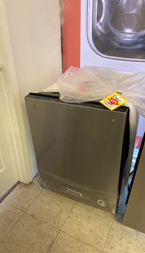 KitchenAid dishwasher brand new with warranty! KDTE334GPS for Sale in Austin, TX