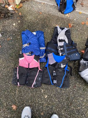 Life vests x 4 for Sale in Everett, WA
