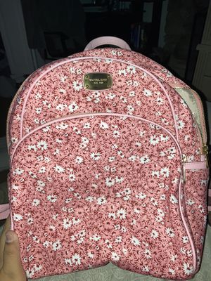 Michael Kors backpack (pink with flowers) for Sale in Anaheim, CA