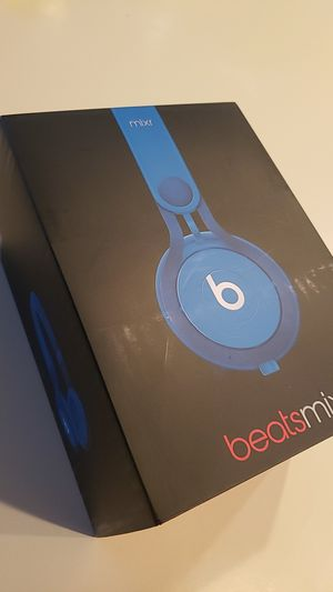 Beats mixr: wired blue for Sale in Yorba Linda, CA