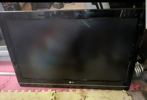 """37"""" LG LCD TV for Sale in Redlands, CA"""