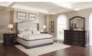 King Bed room set for Sale in Houston, TX
