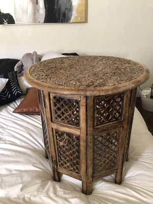 Table for Sale in Lakewood, CA