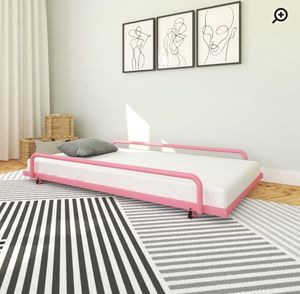 ⭐️New Twin pink Trundle bed. No mattress P/U by ASHLAN AND TEMPERANCE IN CLOVIS for Sale in Clovis, CA