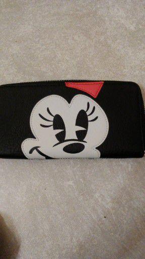 Disney loungefly wallet brand new for Sale in Norwalk, CA