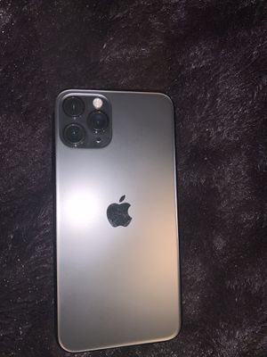 iphone 11 pro for Sale in Seaford, DE