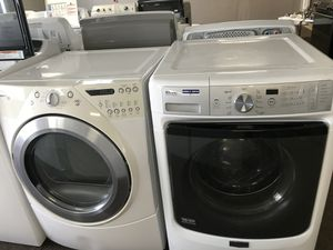 Whirlpool Maytag Front Loader Washer Dryer Set!! Like new!! for Sale in Orlando, FL
