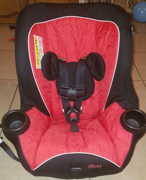 Disney Mickey mouse car seat for Sale in Harlingen, TX