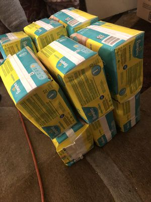 Pampers and luvs diaper for Sale in Roselle, NJ