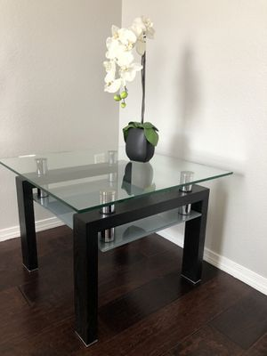 End table / Side Table for Sale in Colorado Springs, CO