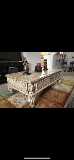Beautiful Coffee Table and Matching End Table for sale for Sale in Clearwater, FL