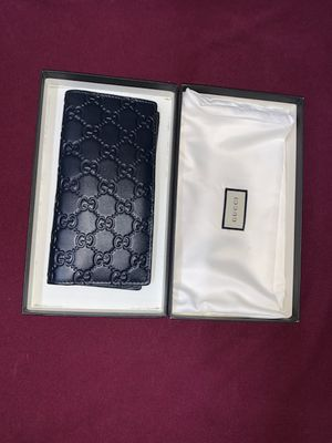 Gucci wallet for Sale in San Antonio, TX