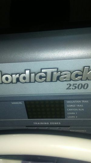 Nordictrack 2500R treadmill for Sale in Hershey, PA