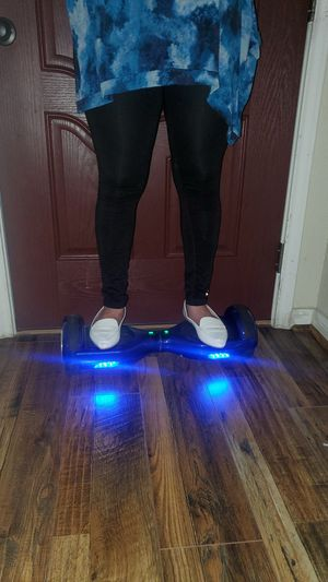 Hoverboard/w charger for Sale in Humble, TX