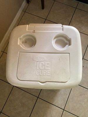 Igloo cooler for Sale in Katy, TX