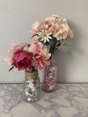 Fake Flower Arrangement for Sale in North Las Vegas, NV