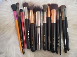 MORPHE BRUSHES BUNDLE for Sale in Rialto, CA