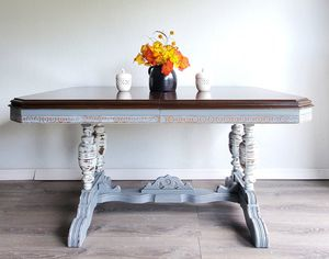 Antique Farmhouse Dining room Table with Chairs for Sale in Port Charlotte, FL